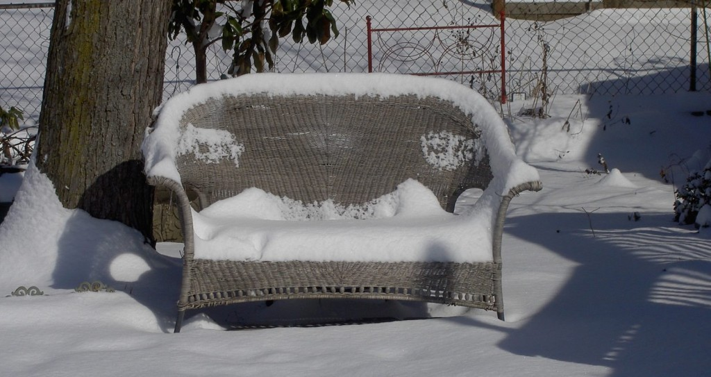 25.-Outside-Furniture-1024x543-2-1024x543